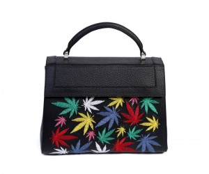 Divi M embroidery leaves black